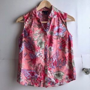 ERIKA Petite Pink Hawaiian Floral Button Down Tank
